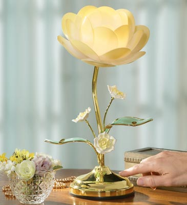 Lotus Flower Table Touch Lamp