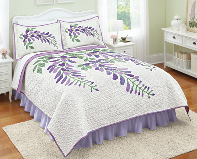 Wisteria White and Lavender Floral Quilt