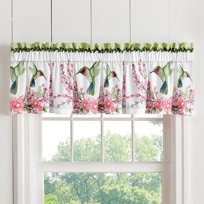 Hummingbird Wreath Curtain Valance