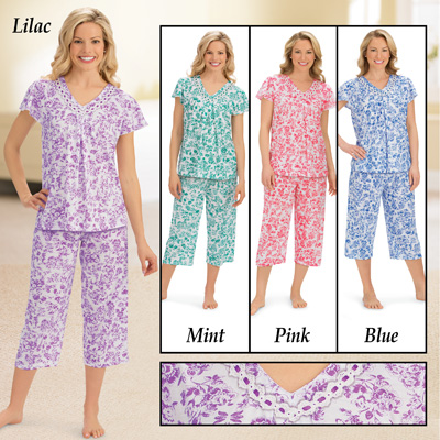 Short Sleeve Floral Lace Trim Capri Pajamas