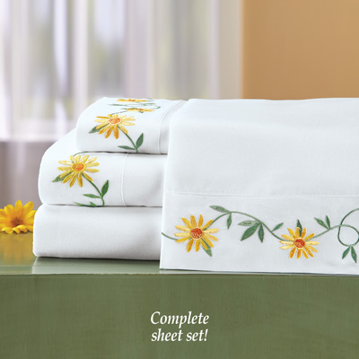 Daisy Embroidered Sheets Set