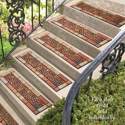 Stone and Pebbles Rubber Stair Tread