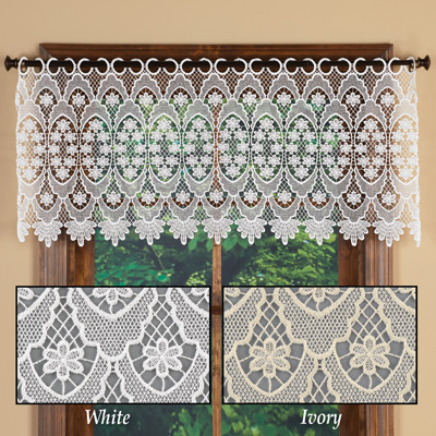 Elegant Macrame Valance with Scalloped Borders
