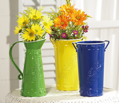 Cut Flowers Metal Vases with Leaf Design