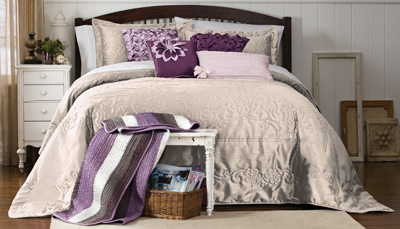 Scroll Stitch Marquis Bedspread