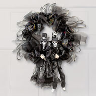 Halloween Skeleton Couple Wreath - 35373