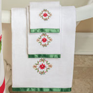 Poinsettia and Holly Garland Towel Set - 36227