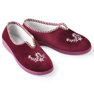 Embroidered Floral Velvet Slipper - 38542