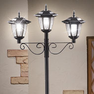 Triple Solar Traditional Lamp Post - 42174