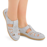 Laser Cut Out Cushioned Slip-On Shoes - 43505