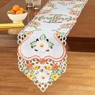 Daisy Floral Cut Out Embroidered Table Linens - 43519