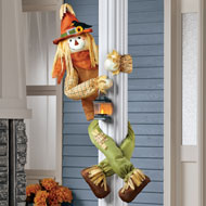 Scarecrow Porch or Tree Hugger With Lit Lantern - 43725