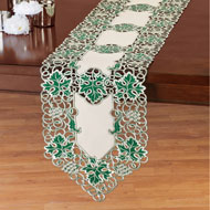 Grapevine Embroidered Green Leaves Table Topper - 44182