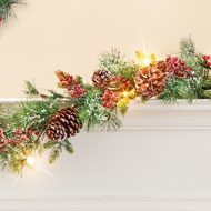 Lighted Frosted Pines Winter Garland