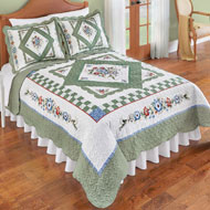 Hummingbird Floral Diamond Quilt with Scalloped Edges - 46613