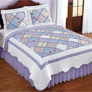 Reversible Ashland Floral Scalloped Patchwork Quilt