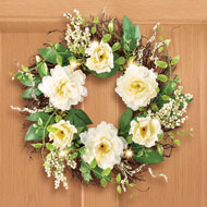 Lighted LED White Peony and Berries Wreath - 47260