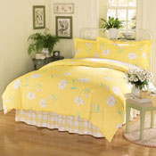 Callie Daisy Bedroom Comforter