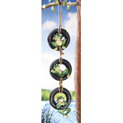 Swinging Frogs Tire Swing Hanging Garden Decoration